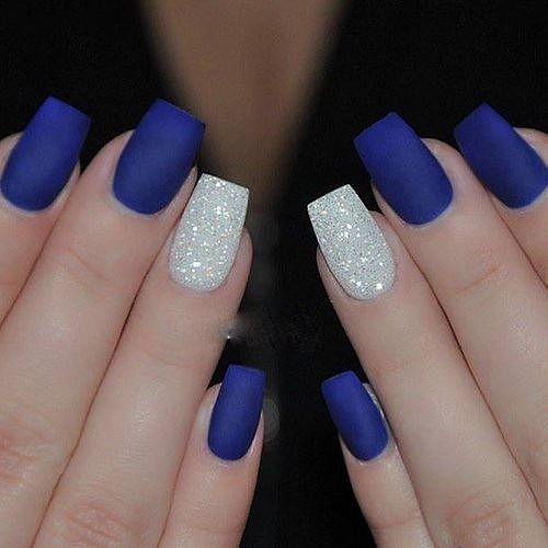 gelové nehty modré matné